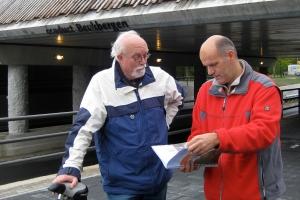 Johan Varkevisser en Pieter van der Ploeg bij het ecoduct