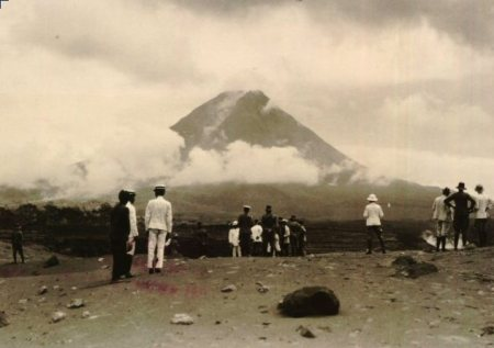 merapi-na-uitbarsting-19302